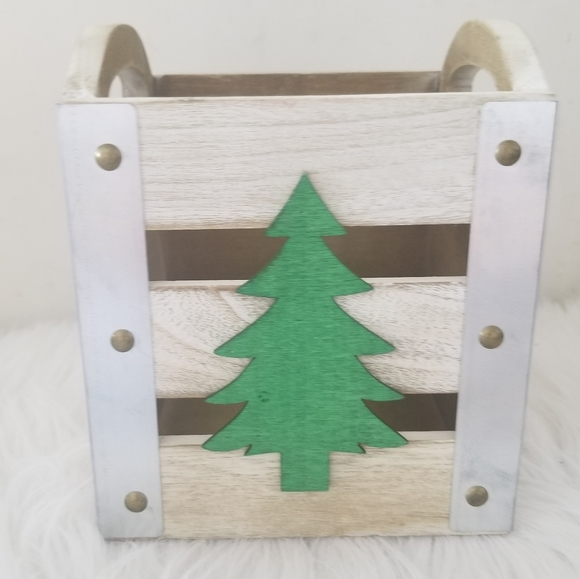 Other - Farmhouse Christmas tree crate